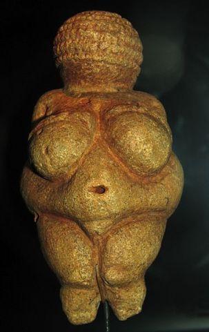 377px-Willendorf-Venus-1468