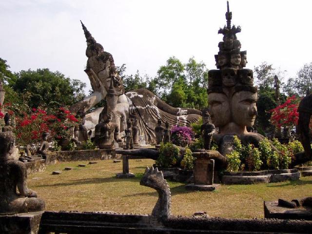 WIKI FREE LICENSE Buddha_Park