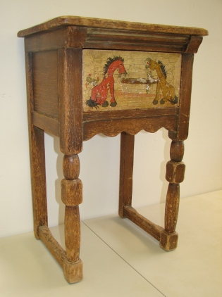 W16 5 MONTEREY SIDE TABLE